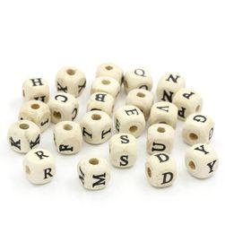Fából készült gyöngyök betűkkel - 200 db