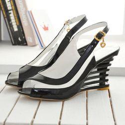 Dámské sandály na klínku Sharona velikost 38