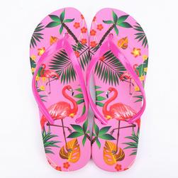 Női papucs flamingókkal