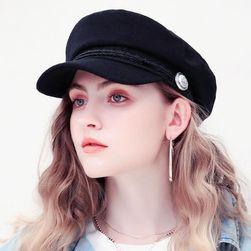Женская шапка WC232