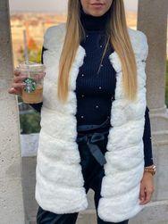 Dámská kožíšková vesta - bílá