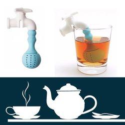 Čajové sítko v podobě vodovodního kohoutku
