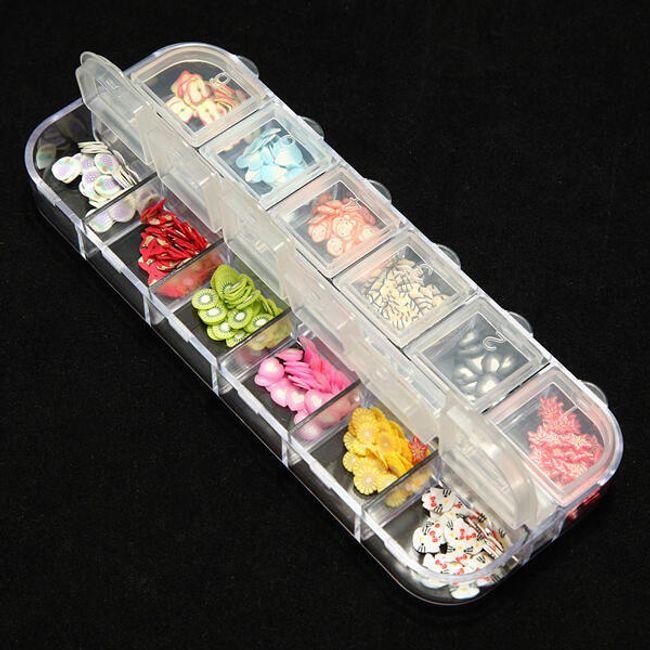 Nalepovací dekorace na nehty v praktické krabičce - různé motivy 1