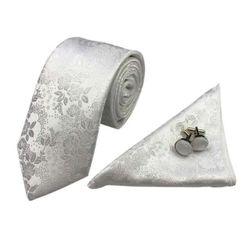 Nyakkendő, zsebkendő és mandzsettagombok