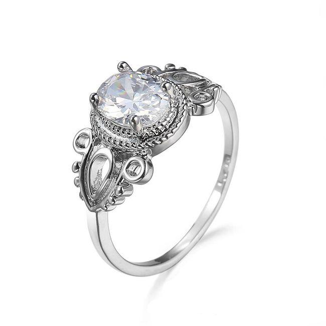 Prsten s bílým kamínkem 1