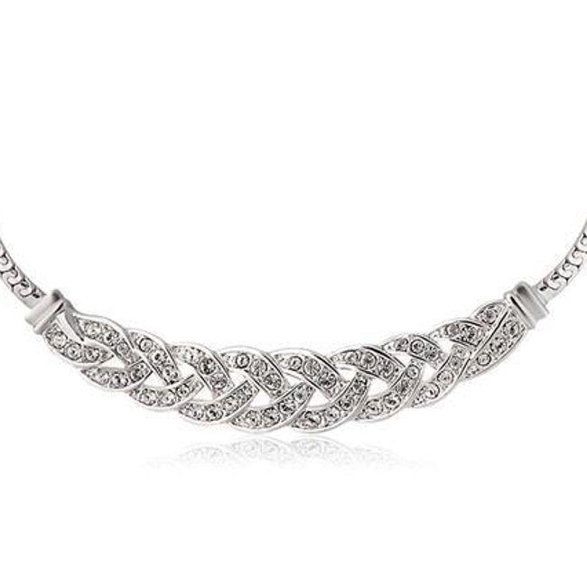 Luxusní náhrdelník s proplétaným designem 1