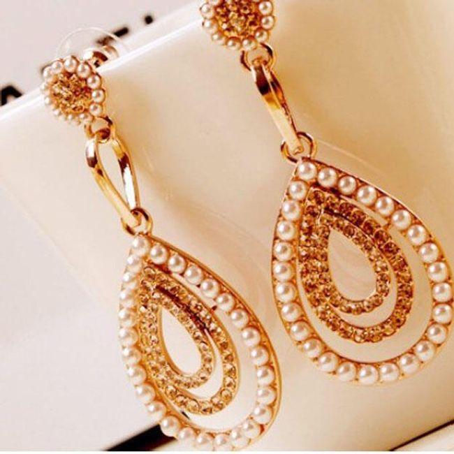Náušnice zdobené perličkami ve tvaru kapek 1