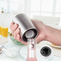 Praktický otvírák na lahve