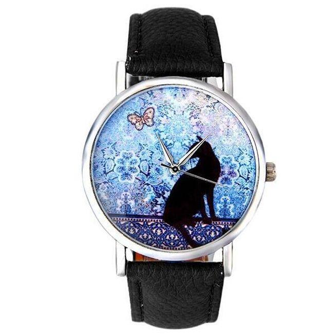 Lepa ura s črno mačko in metuljem 1