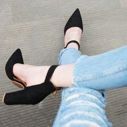 Cipele na petu Jara