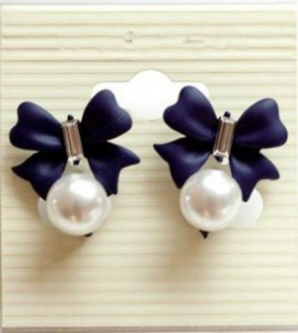 Mašle s perlami do uší 1