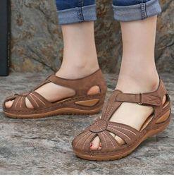 Дамски сандали Klonera