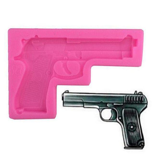 Silikonová forma v podobě pistole 1