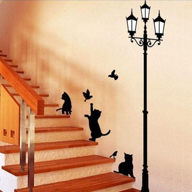 Matrica a falon - macskák lámpával 1