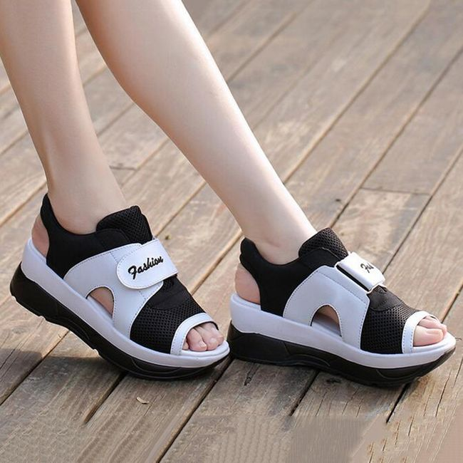 Dámské turistické sandále na suchý zip - černobílá - 22,5 cm (vel. 35 cm)  1
