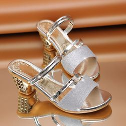 Ženske sandale na potpeticu Nia