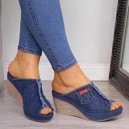 Ženske papuče na platformu Jeanna