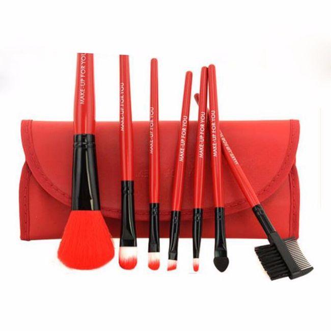 Kosmetické štětce pro profesionální použití - 5 barev 1