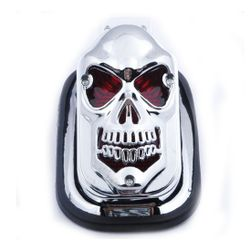 Lumină cu coadă LED pe tocător în designul craniului