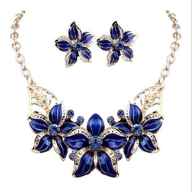 Dámský elegantní náhrdelník s náušnicemi v květinovém vzoru - 2 barvy 1