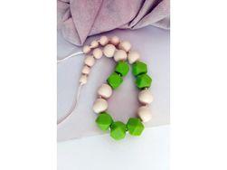 Otroška ogrlica - zelene kocke TK_FK020-8