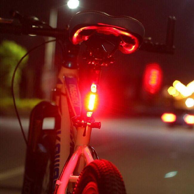 Dodatna LED zadnja luč za kolesa - 3 barve 1