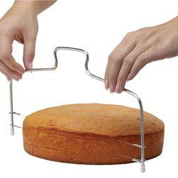 Nastavitelný strunový nástroj na krájení dortu