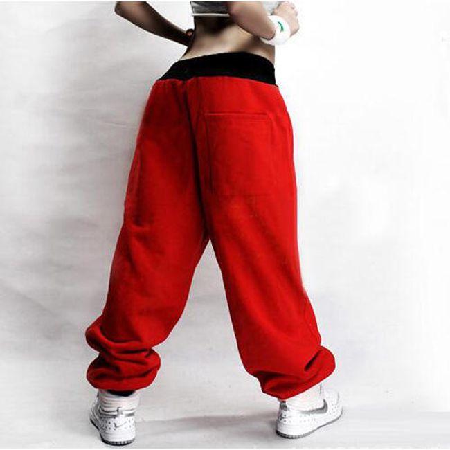 Hip-hop stílusú pulóverek nőknek - 4 változat