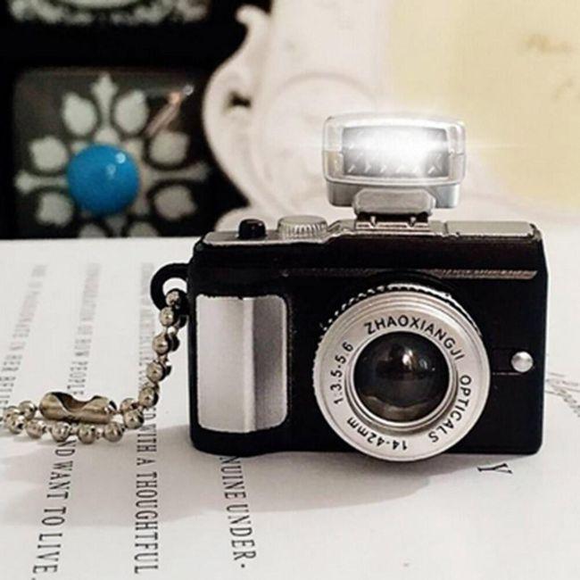 Klíčenka pro milovníky fotografií - fotoaparát 1