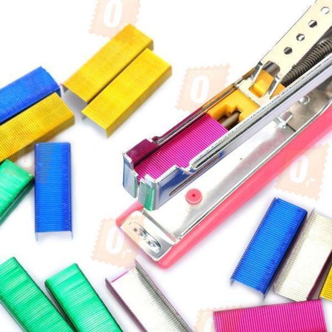 Kolorowe zszywki do zszywacza - 4 kolory 1