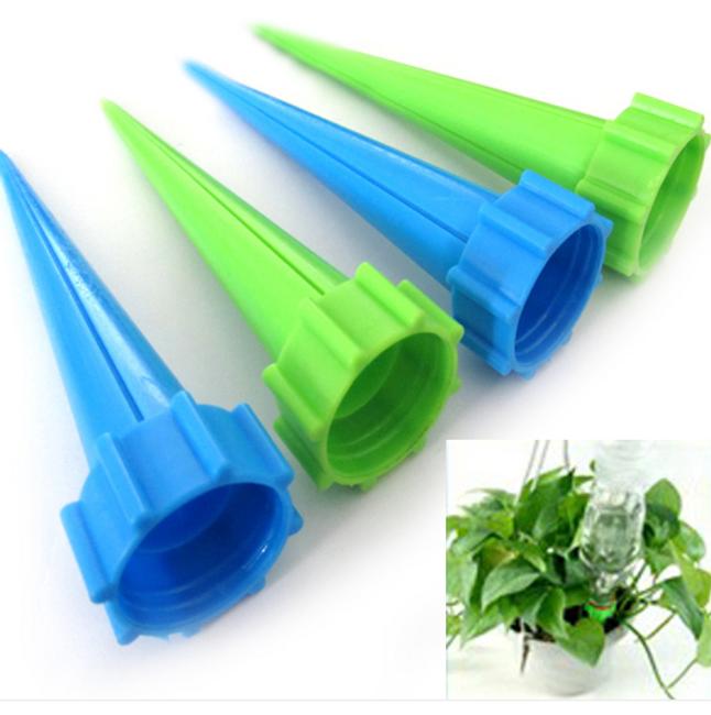 Садовый инвентарь- пластиковый клинок для увлажнения почвы- 4 шт. 1