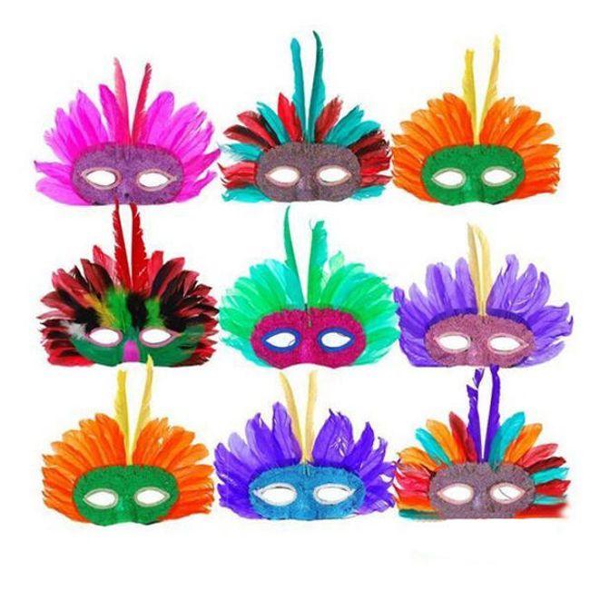 Stylová párty maska na oči z peříček 1