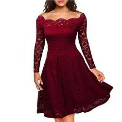 Csipke elegáns női ruha