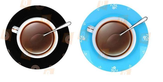 Nástěnné hodiny ve tvaru hrnku kávy - na výběr ze dvou barev 1