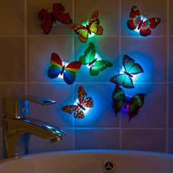 Parlayan kelebekler
