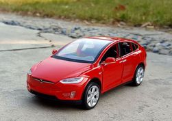 Model auto Tesla Model X