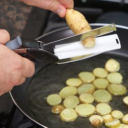Praktické nůžky na krájení potravin