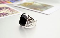 Moški masiven prstan srebrna_11,5