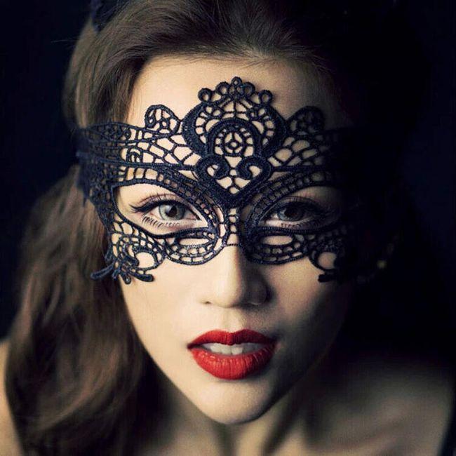 Siyah dantel maske 1