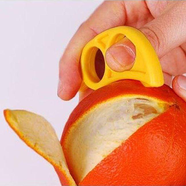 Praktická pomůcka na loupání citrusů - modrá 1