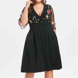Дамска рокля в плюсови размери Birgit