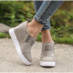Dámské boty na klínu Eliss