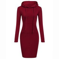 Obleka s kapuco