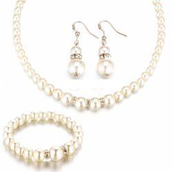 Zestaw biżuterii - kolczyki, naszyjnik, bransoletka