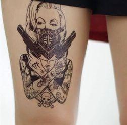 Privremena tetovaža - žena sa pištoljima