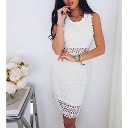 Rochie albă în design romantic - alb