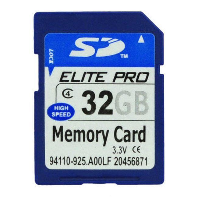 Paměťová SD karta 32 GB 1