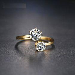 Damski pierścionek LR1
