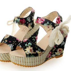 Летни сандали - различни варианти