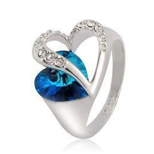 Szív alakú gyűrű kék kővel 1